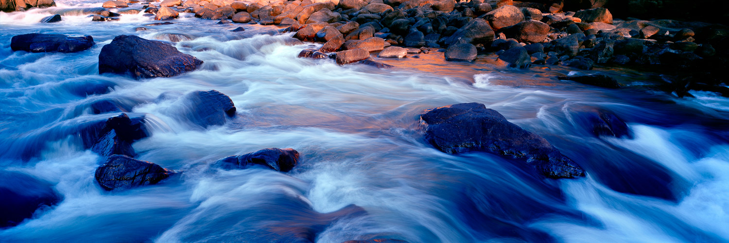 The relentless waters of Katherine River flowing through the 6th Gorge.