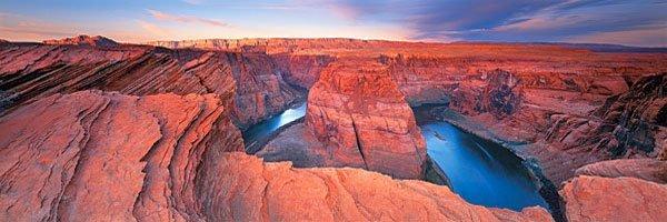 Looking down onto Horseshoe Bend, Grand Canyon, Arizona, USA.