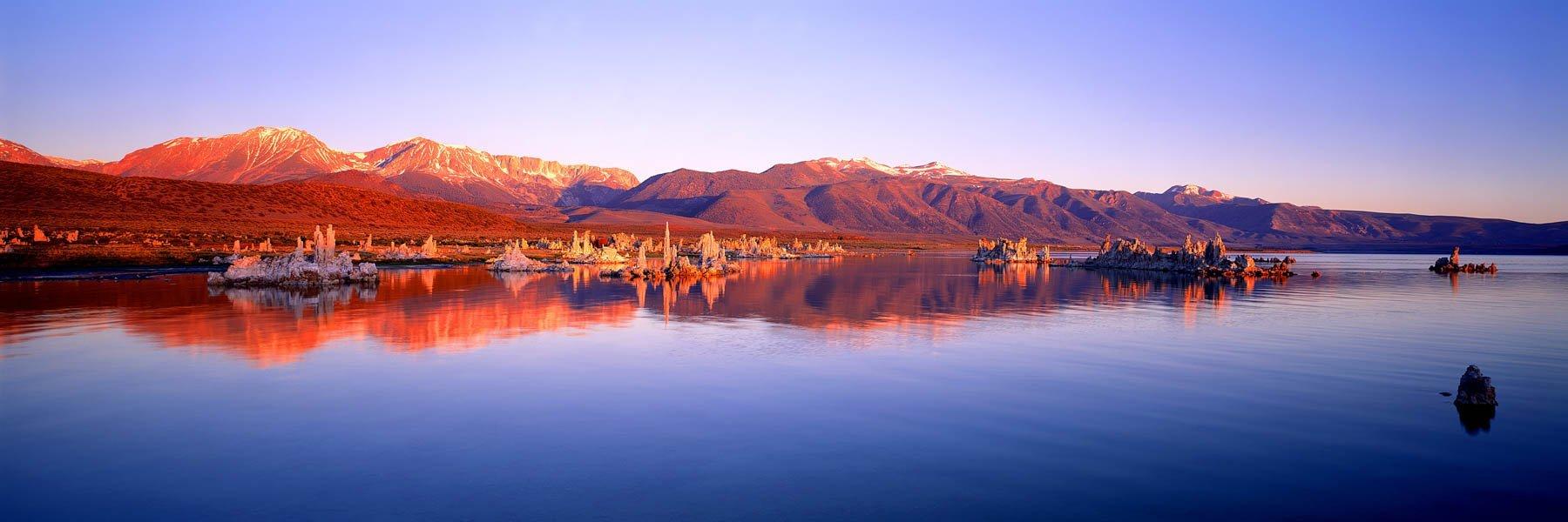 Salt lake, Mono County, California, USA.