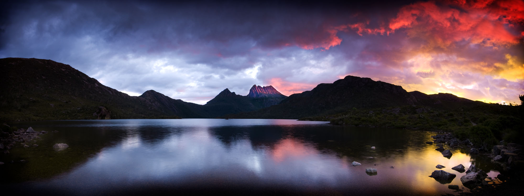 Dove lake and Cradle Mountain Sunset